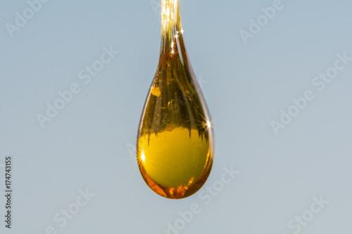 macro resin  - 174743155