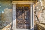 Rustic door in Montecatini - 174757375