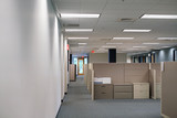 cubicles inside office building, place of work - 174900714