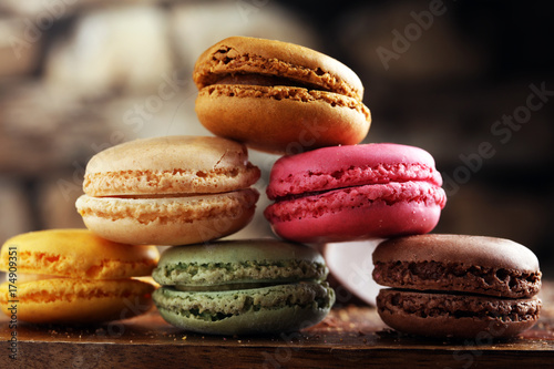 Spoed canvasdoek 2cm dik Macarons Close up colorful macarons dessert with vintage pastel tones