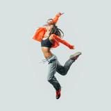 Modern style dancer jumping - 174912904