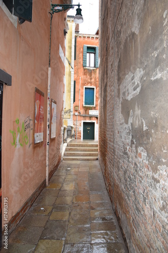 Fotobehang Smal steegje Venise, Italie