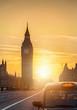 Der Big Ben in London, England, bei Sonnenuntergang