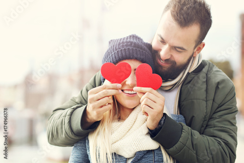 Picture showing happy young couple dating in the city - 174966378