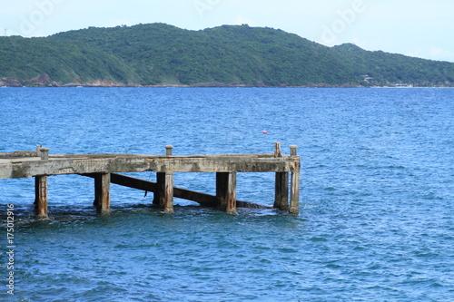 Plexiglas Pier Coral seashore