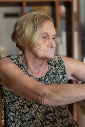 Poster Elderly woman