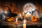 Halloween pumpkins on wooden planks. - 175105972