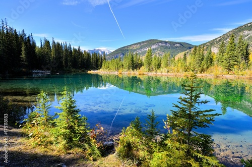 Fotobehang Zomer Lake landscape with blue waters and sky, Kananaskis, Alberta, Canada