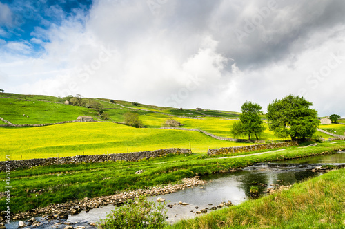 Foto op Canvas Wit River Wharfe at Hubberholme