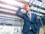 Businessman looking at the future - 175133748