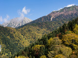 Early fall colors in Japanese Alps - view from Shin-Hotaka ropeway in Gifu prefecture, Japan - 175166560