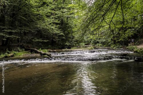 wodospady, próg wodny, rzeka  - 175168710