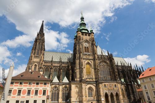 Deurstickers Praag The Metropolitan Cathedral of Saints Vitus, Wenceslaus and Adalbert Exterior