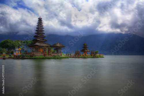 Spoed canvasdoek 2cm dik Bali Pura Bratan Lake