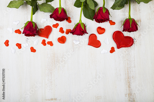 Fototapeta Red roses and hearts