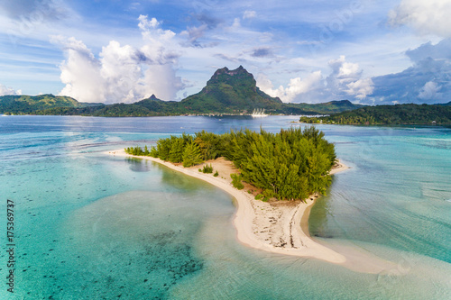 Aluminium Palm boom Bora Bora aerial view of luxury travel cruise ship vacation destination. Drone shot above motu paradise island r in lagoon and Mt Pahia, Mount Otemanu, Tahiti, French Polynesia, South Pacific Ocean.
