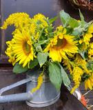 Erntedank, Strauss, Blumen, Gemuese, Kuerbisse, Aepfel, Getreide, Sonnenblumen, Fruechte, Gesteck, Arrangement - 175441311
