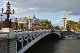 Pont Alexandre III franchissant la Seine à Paris, France