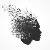 visage et notes de musique - 175453374