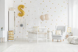 Child's bedroom with gold balloon - 175565149