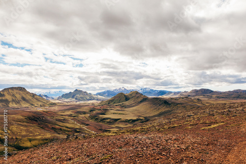 Fotobehang Diepbruine natural mountains landscape
