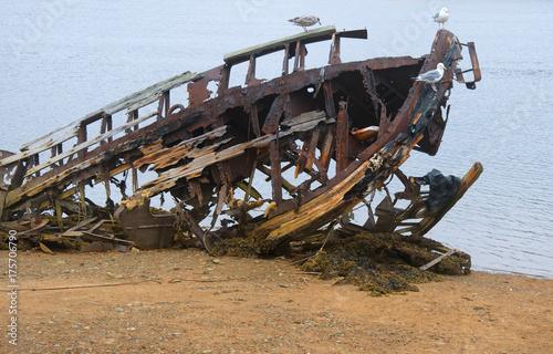 In de dag Schipbreuk broken ship