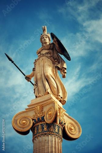 Staande foto Athene Athena statue
