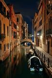 Venice canal night bridge - 175756182