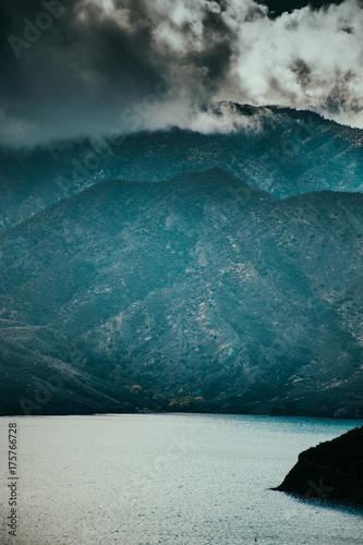 Foto op Canvas Groen blauw Mountains