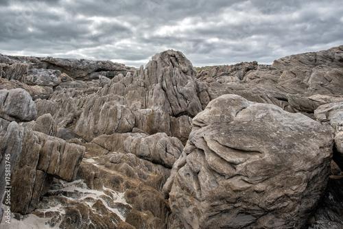 Aluminium Kangoeroe vivonne bay kangaroo island landscape volcanic rocks on the sea
