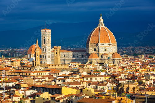 Papiers peints Florence Duomo cathedral in Florence at sunrise, Italy