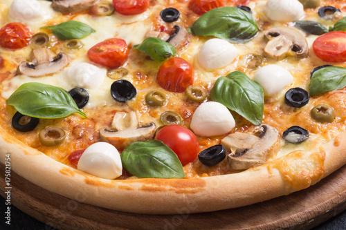 Italian pizza with mozzarella