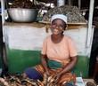 canvas print picture - Marktfrau in Ghana