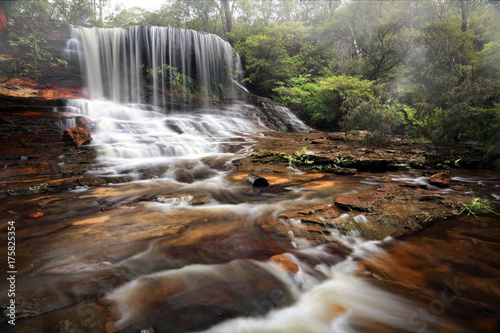 Weeping rock waterfall - 175825354