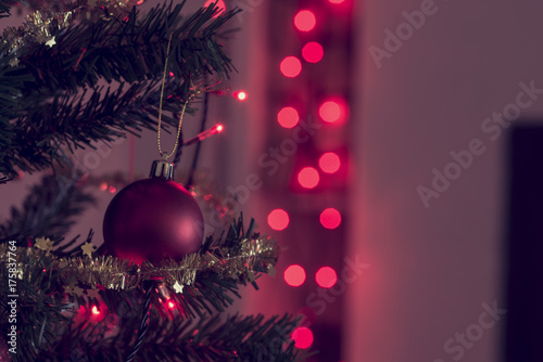 In de dag Bol Retro image of festive Christmas background with red baubles
