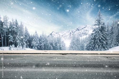Fridge magnet winter road