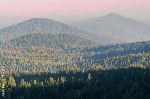 Foto op Aluminium Lichtroze Hazy Hazy Cascade Mountain range from forest fire smoke at Crater Lake National Park, Oregon
