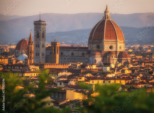 Keuken foto achterwand Florence Cathedral Santa Maria of the Flowers, Piazza del Duomo, Florence, Tuscany, Italy, Europe. A gigantic monument keeping an eye on its town.