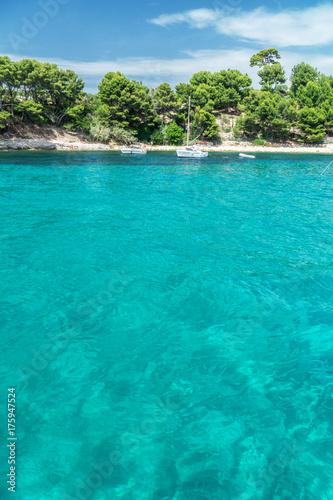 Foto op Canvas Groene koraal Beach view from the sea.