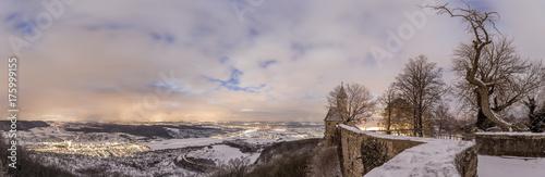Fototapeta Blick von der Burg Teck im Winter am Abend