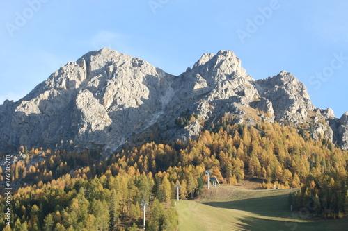 Skipiste in den Dolomiten Poster