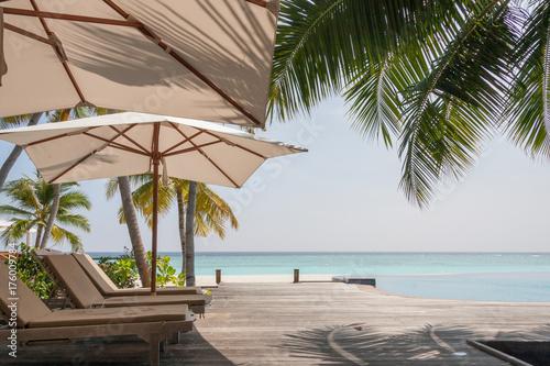 Staande foto Tropical strand Les Maldives