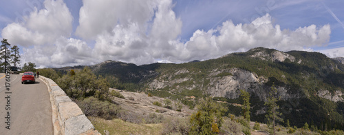 Foto op Aluminium Panoramafoto s A landscape near the entrance of Yosemite national park