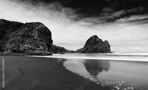 Foto Spatwand Fyle Piha beach