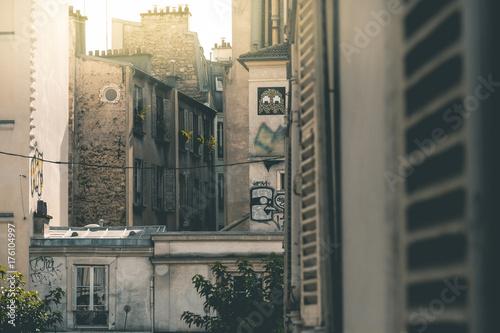 Foto op Canvas Graffiti House Fassades around Montmartre - Paris