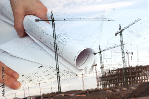 Fototapeta Arquitectura y construcción de viviendas. Arquitecto y planos. Fondo de ingeniería y diseño de arquitectura