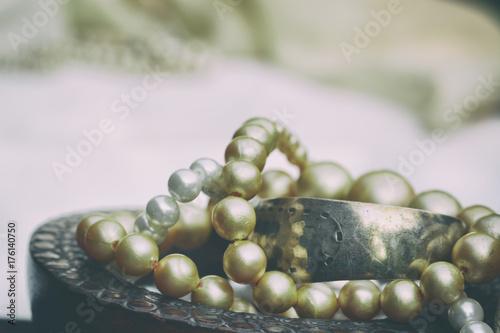 Plakát Pearls