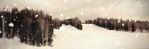 Papiers peints Marron chocolat Scenic view of landscape against sky