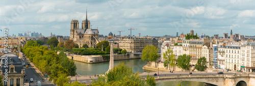 Paris Notre Dame - 176295972