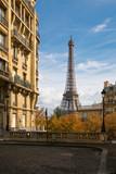 Fototapety Eiffel Tower at Avenue de Camoens, Paris